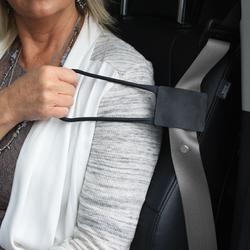 Grab N' Pull Seatbelt Reacher 1