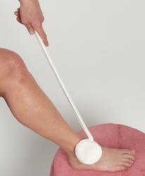 Lotion Applicator Swiveling Long Handled 1